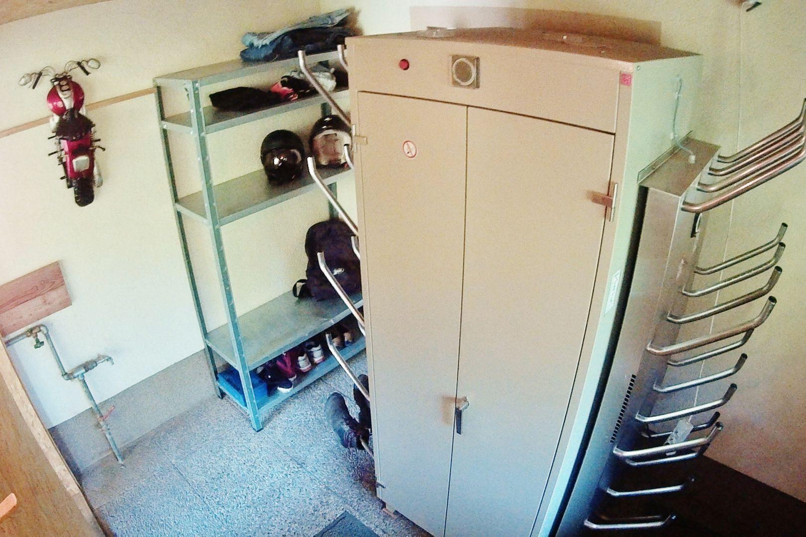 moho partner ausstattung berghof brunner. Black Bedroom Furniture Sets. Home Design Ideas